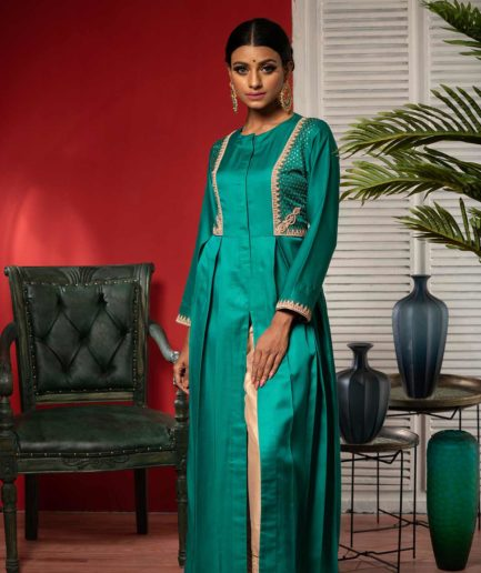 Premium Emerald Green rawsilk kameez with zardosi deatailing and slit